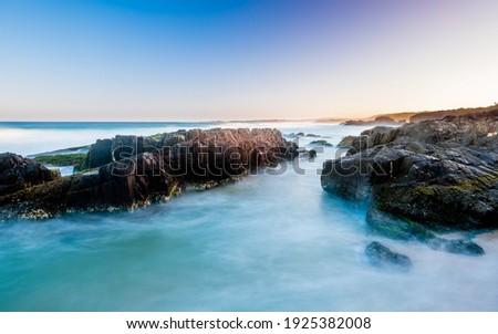Rock formation along the Coastline between Bingle and Meringo in Eurobodalla National Park Foto d'archivio ©