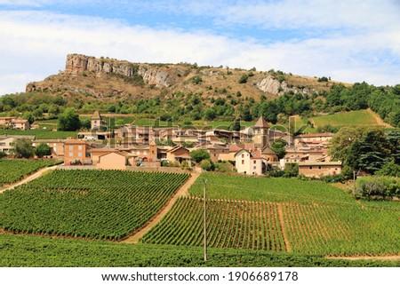Rock of Solutré in Burgundy, magnificent landscapes of Burgundy in France  Foto stock ©