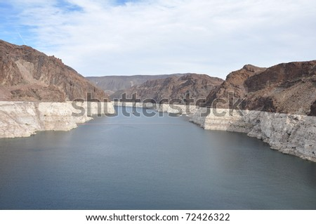 Rock striations of Lake Mead near the Hoover Dam, USA
