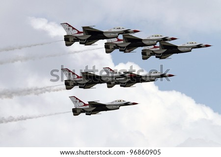 ROCKFORD, IL - JULY 31: U.S. Air Force Thunderbirds demonstrate flying skills the annual Rockford Airfest on July 31, 2010 in Rockford, IL