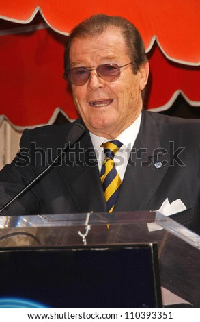 Roger Moore  at the ceremony honoring him with the 2,350th Star on the Hollywood Walk of Fame. Hollywood Boulevard, Hollywood, CA. 10-11-07