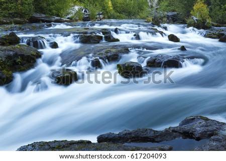 rogue river rapids