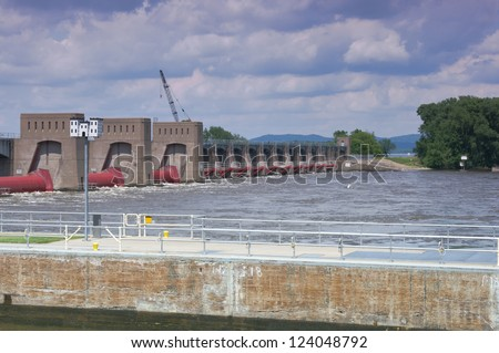 Roller gates and tainter gates on Mississippi River at Lock and Dam 7 in La Crescent Minnesota - stock photo