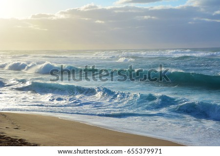 Rolling Waves #655379971