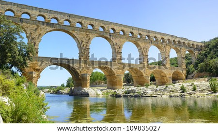 Roman aqueduct Pont du Gard, Unesco World Heritage site. Located near Nimes, Languedoc, France, Europe.