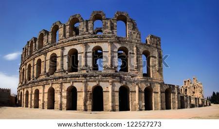 Roman Colosseum in Tunisia , Panorama