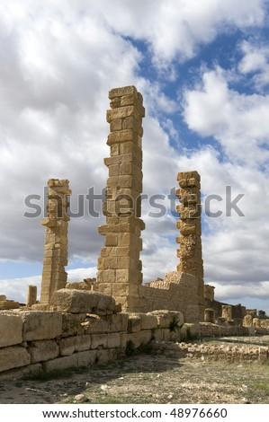 stock-photo-roman-ruins-in-sbeitla-tunisia-48976660.jpg