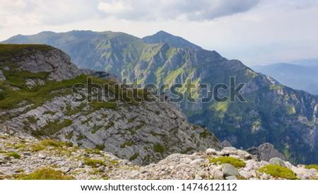Romania, Bucegi Mountains, Viewpoint from Costila Peak to Omu and Bucsoiu Peaks
