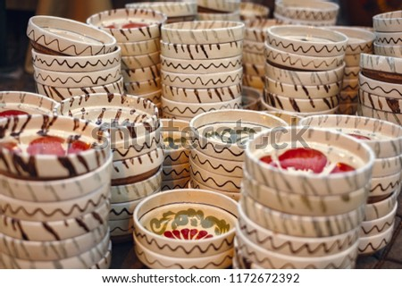 Romanian traditional empty plates at the market #1172672392