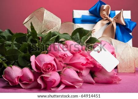 romantic valentine presents