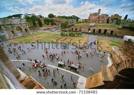 ROME - AUGUST 5: Arch of Constantine and Temple of Venus and of Rome, August 5, 2010 in Rome, Italy. Temple of Venus and of Rome is thought to have been the largest temple in Ancient Rome.