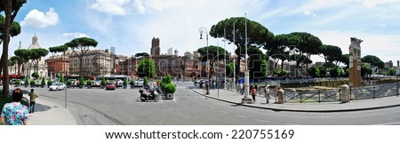 ROME, ITALY - MAY 29: Tourists in Rome city on May 29, 2014, Rome, Italy.