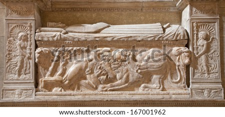 ROME - MARCH 23: Samson s battle with the lion. Relief on the wall of tomb from late 15. century in Santa Maria Sopra Minerva church on March 23, 2012 in Rome.