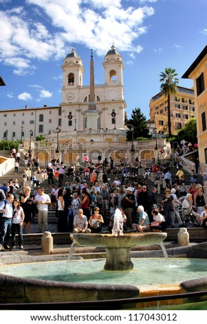 ROME - SEPTEMBER 19: The Spanish Steps, seen from Piazza di Spagna on September 19, 2009, Rome.The Spanish Steps are the widest staircase in Europe.
