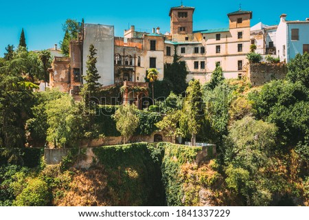 Ronda, Spain. Palacio Del Rey Moro And Hanging Gardens In Ronda, Spain. 14th Century Moorish Palace. Famous Landmark. Foto stock ©