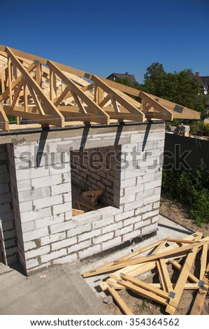 Roofing  house construction with autoclaved aerated concrete (AAC), also known as autoclaved cellular concrete (ACC), autoclaved lightweight concrete (ALC), autoclaved concrete wall. #354364562