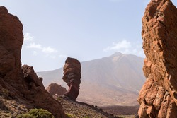 Roques de Garcia. The Roque Cinchado - a unique rock formation of the island of Tenerife located near Teide Volcano. Canary Islands, Spain