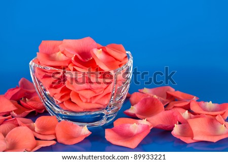 Rose petals in a glass bowl