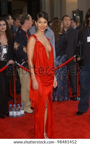 ROSELYN SANCHEZ at the 31st Annual American Music Awards in Los Angeles. November 16, 2003  Paul Smith / Featureflash
