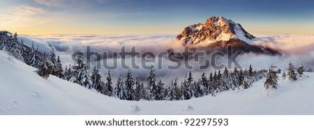 Roszutec Peak