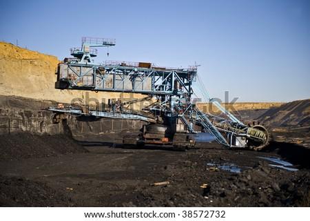 Rotornyj dredge for a coal mining