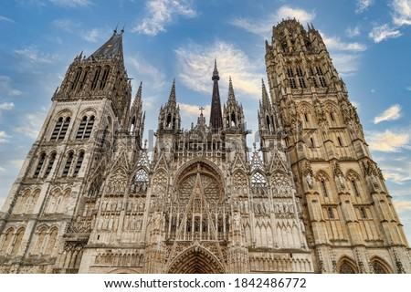 Rouen Cathedral (Cathedrale de Notre-Dame) in Rouen, capital of Haute-Normandie, France. The facade of the Gothic church building.  Photo stock ©