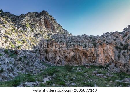 Rough stone formations at the torrent de pareis in sa calobra Foto stock ©