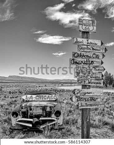 Route 66 Signs #586114307