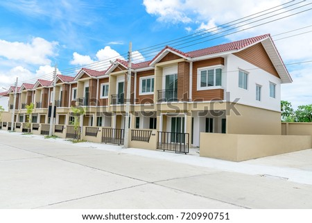 Row of  new  townhouses.