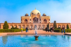 Royal views of the first garden-tomb on the Indian subcontinent. The Tomb is an excellent example of Persian architecture. Located in the Nizamuddin East area of Delhi, India. Humayun Tomb in Delhi.