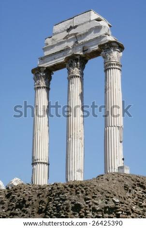 Ruined ancient roman pillars