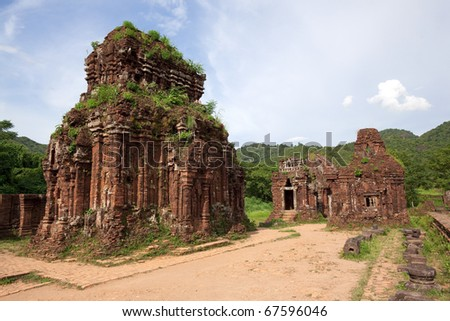 ruins of khmer temple