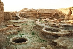 Ruins of the Otrar settlement. Finds of archaeologists. Ruins of an ancient pottery workshop. Ruined houses of ancient people. Middle Asia. History of the Turks. Old buildings in the steppe.