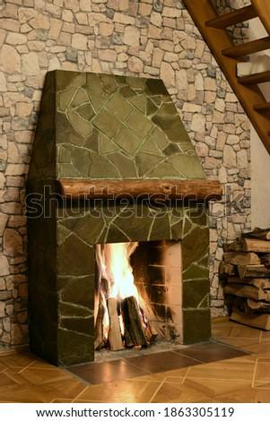 Rumford fireplace, old school masonry ストックフォト ©