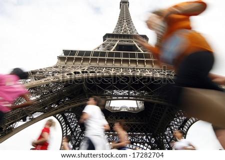 Run and Eiffel Tower paris