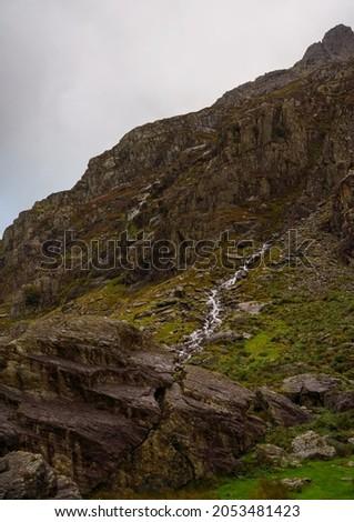 runoff water in Pen-y-Pass, a mountain pass in Snowdonia, Gwynedd, north-west Wales. Zdjęcia stock ©