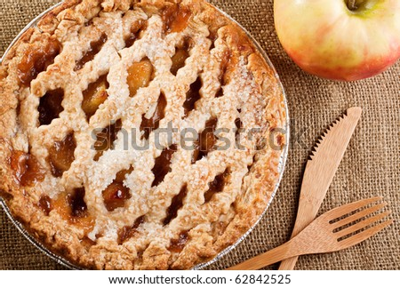 Rustic Apple Pie with bamboo knife and fork