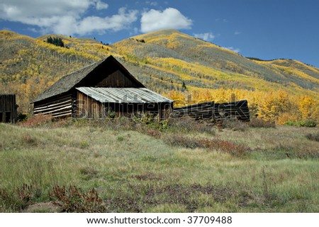 Rustic old house in Autumn season in Colorado at Ashcroft Ghost Town