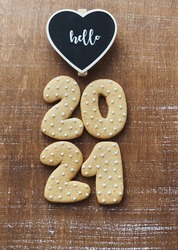 Rustic 2021 wallpaper. 2021 gingerbread date