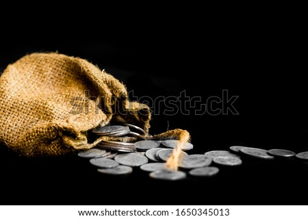 sack with the thirty silver coins biblical symbol of the betrayal of judas Stock foto ©