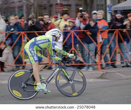 SACRAMENTO, CA - February 14, 2009: Ivan Basso racing in the 2009 AMGEN tour in Sacramento, California