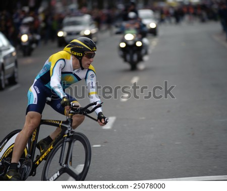 SACRAMENTO, CA - February 14, 2009: Lance Armstrong competing in the AMGEN Tour of California