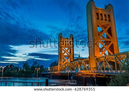 Sacramento tower bridge at blue hour on a cold evening #628769351