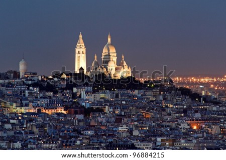 Sacre coeur at the summit of Montmartre Paris