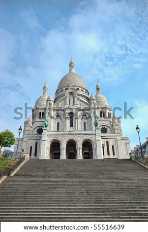 Sacre-Coeur basilica (Basilica of the Sacred Heart of Jesus), Montmartre, Paris