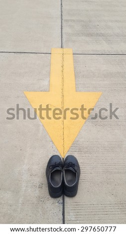 safety firth of industry,safety shoes,arrow to safety shoes
