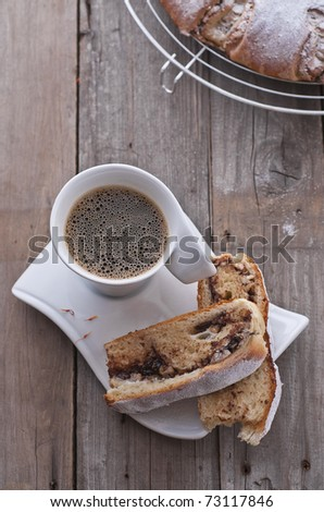Saffron coffee cake with chocolate filling