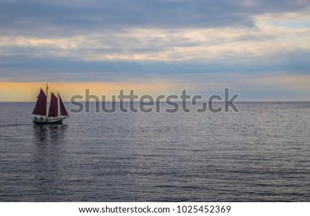 sail boat sailboat three sails...