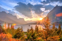 Saint Mary Lake and Wild Goose Island, Glacier National Park, Montana, America