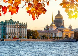 Saint Petersburg cityscape with St. Isaac's Cathedral, Hermitage museum and Admiralty in autumn, Russia